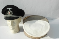 Rare German Kreigsmarine officers Naval Adminstration visor cap with white and blue cover and box!