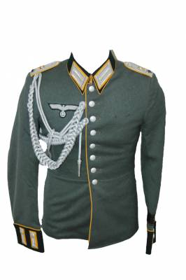 Army Parade tunic Belonging to Klaus von-Loringhoven