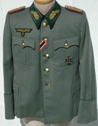 German WWII Army Administrative Generals Tunic      Named to Ferdinand Winter