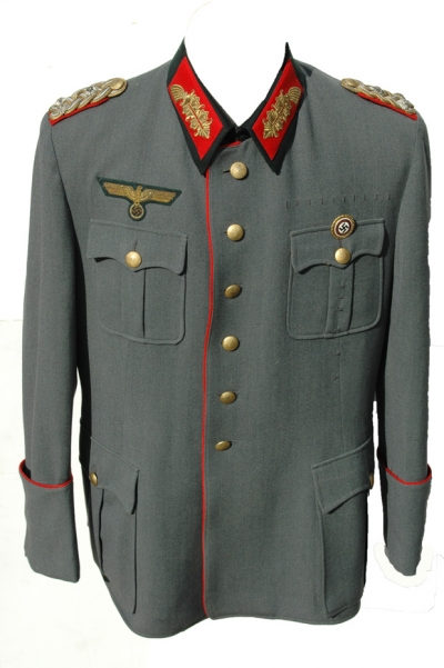 Hitler's Chief of Staff, OKW GeneralOberst Alfred Jodl's Tunic!